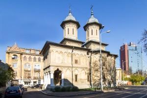 biserica-exterior